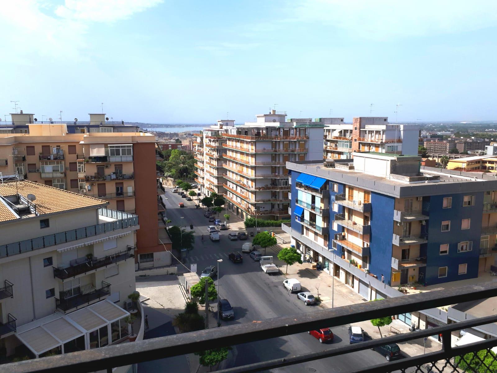 Appartamento con vista zona Tica